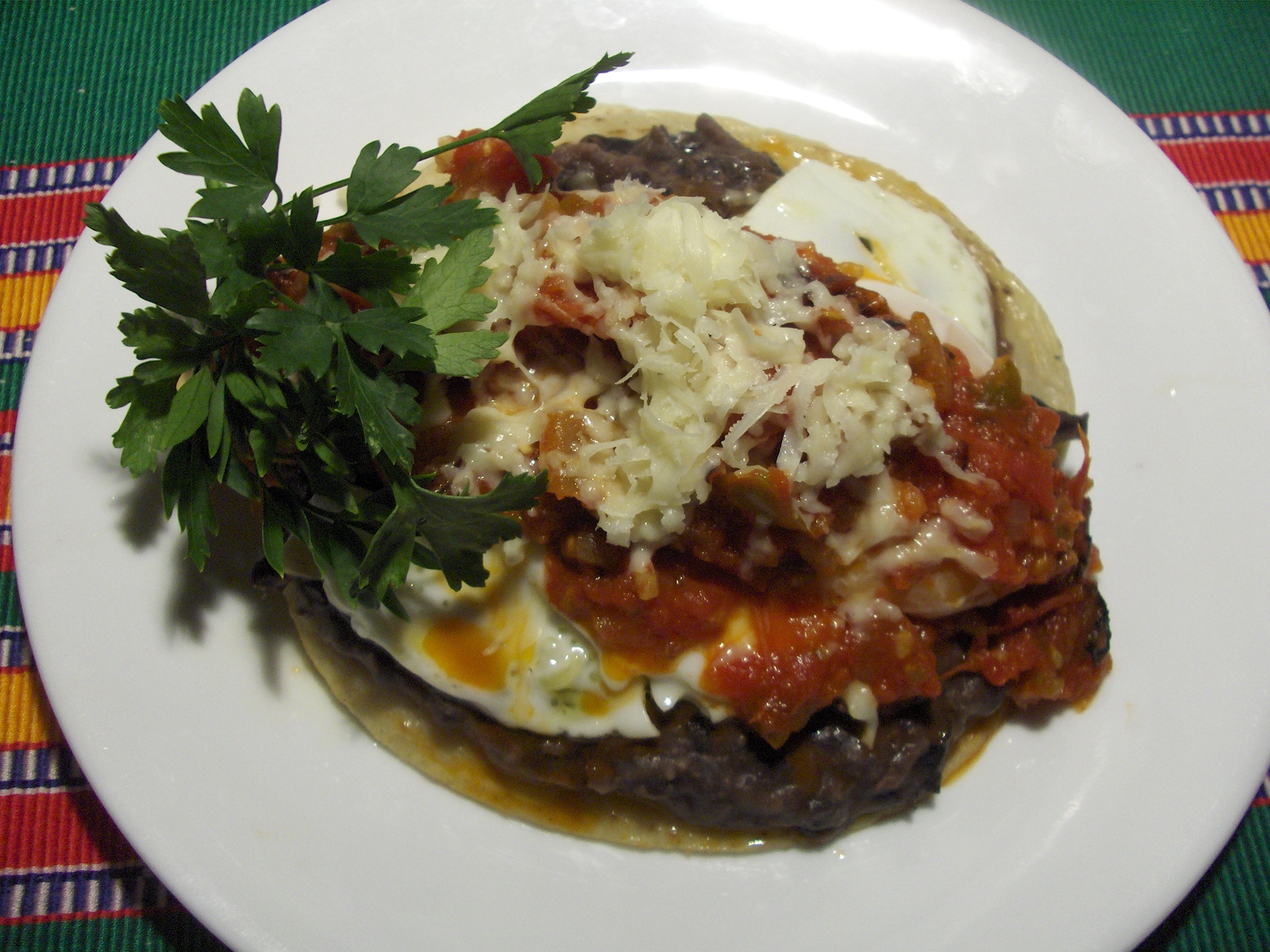 how to make authentic huevos rancheros