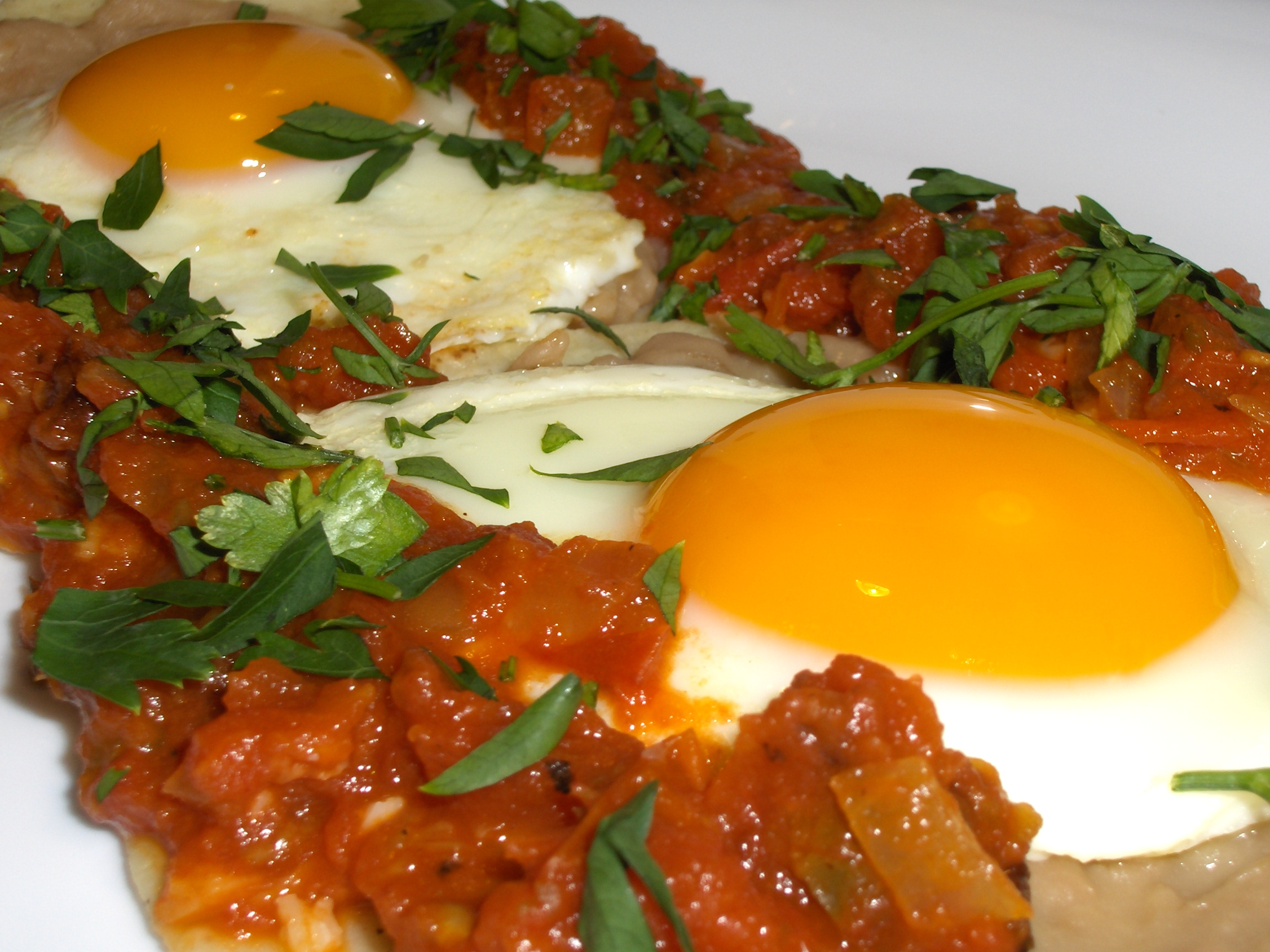Huevos Rancheros — Mexico on your breakfast plate – Cooking in ...