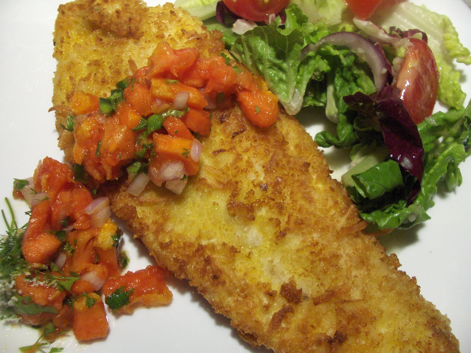 Coconut fish fillets with tropical fruit salsa cooking for Fruit salsa for fish